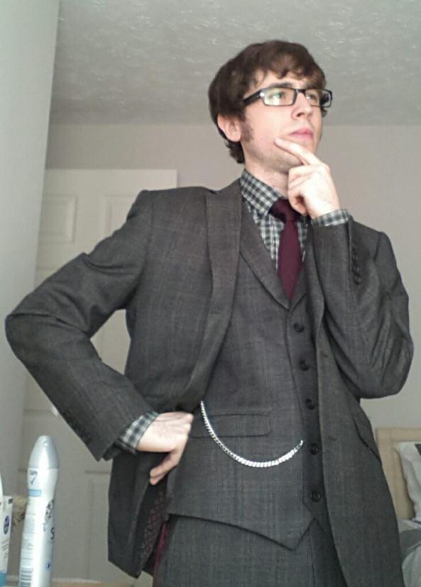 Me_suit